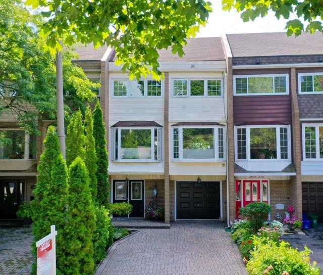 2054 Water's Edge Drive, Bronte West, Oakville 2